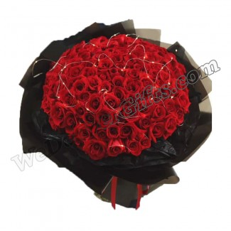 100 Red Roses Bouquet with Led LIGHT