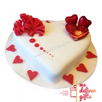 Love Cake From the Buttom of the Heart