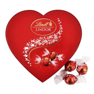 Lindt Lindor Chocolate in Heart Box 160g
