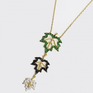 The 3 Leaves Gold Pendant