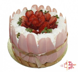 White Forest - Strawberry Cake