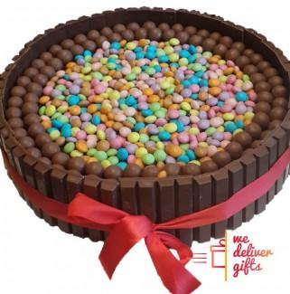 Kitkat-Maltesers Smarties Cake