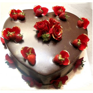 Black Heart Cake with Natural Roses