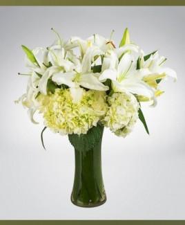 Special pink Lilies arrangement