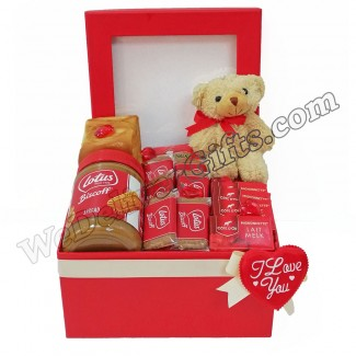 Lotus and Cote Dor Valentine Gift box