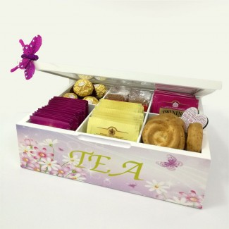 MOM tea box with cookies and Ferrero