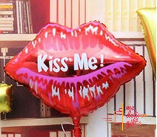 Kiss My Lips Foil balloon